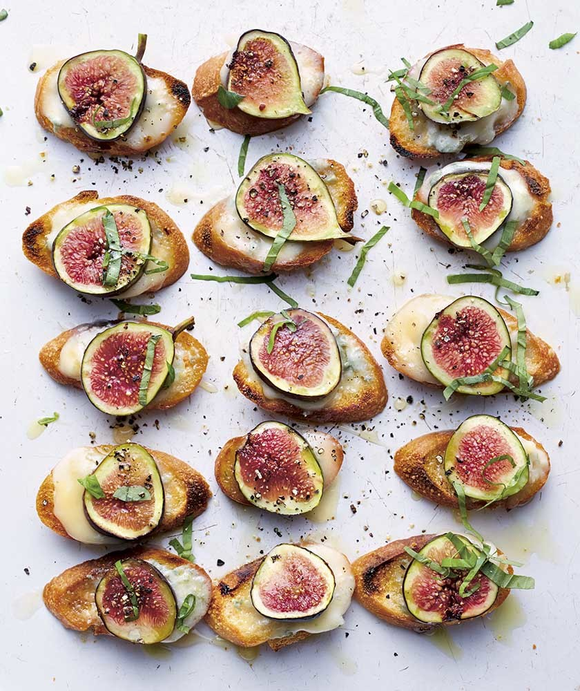 Fig, Gorgonzola and basil croutes