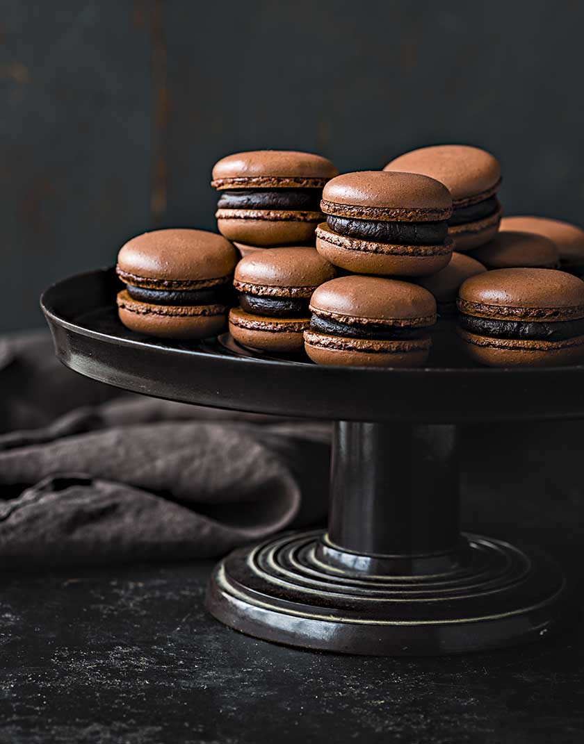 Chocolate macarons (gluten-free) | Food and Travel
