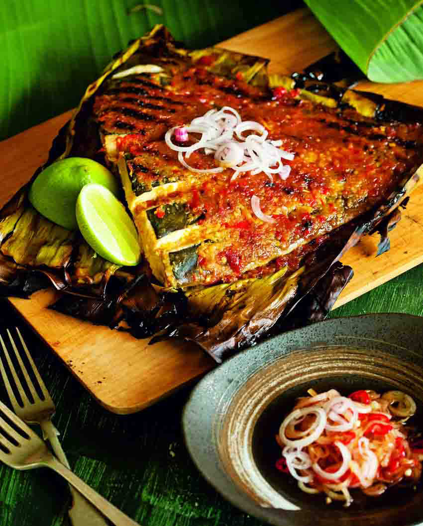 Grilled spicy skate wing in banana leaf | Food and Travel