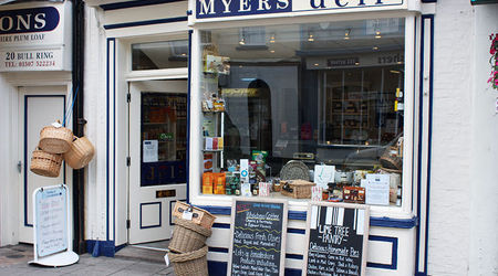Deli Of The Month  Myers  Bakery    Img 1272